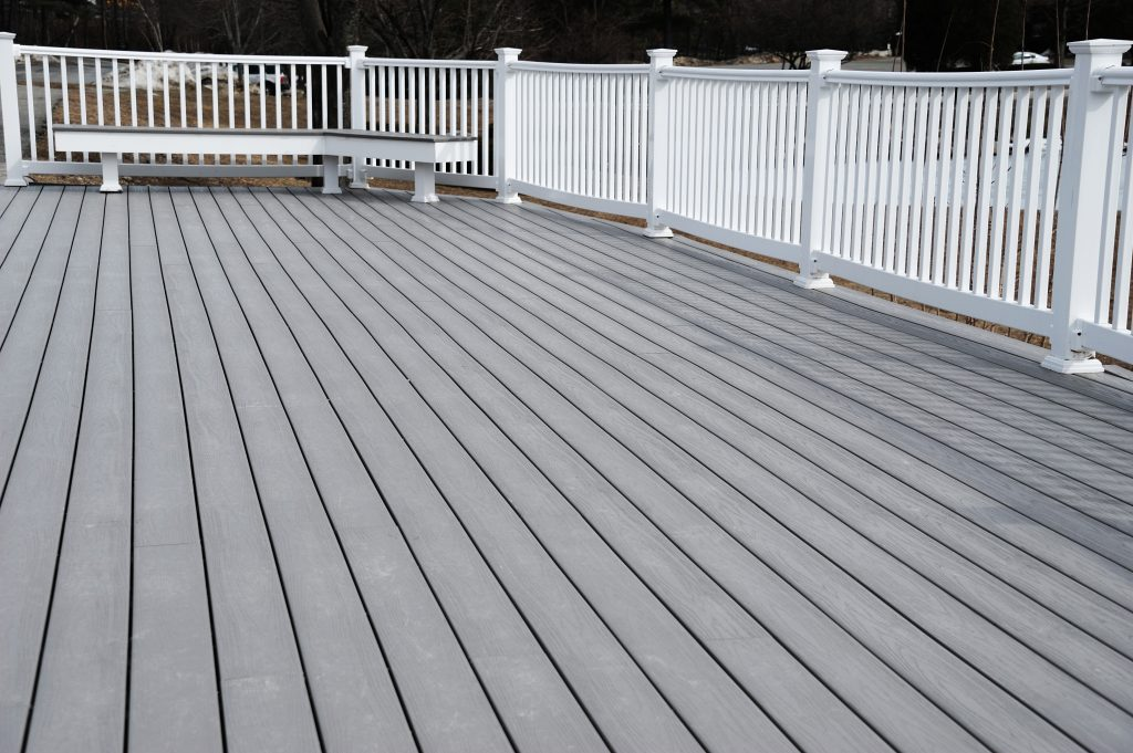 composite deck builder lexington kentucky decking decks vinyl pvc manufactured decking contractor professional quality excellent best